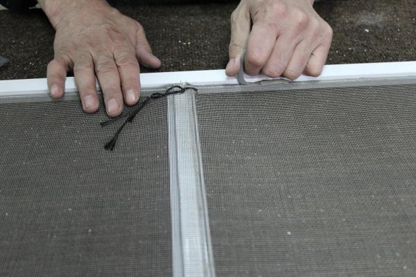 Как сделать москитную сетку своими руками 40