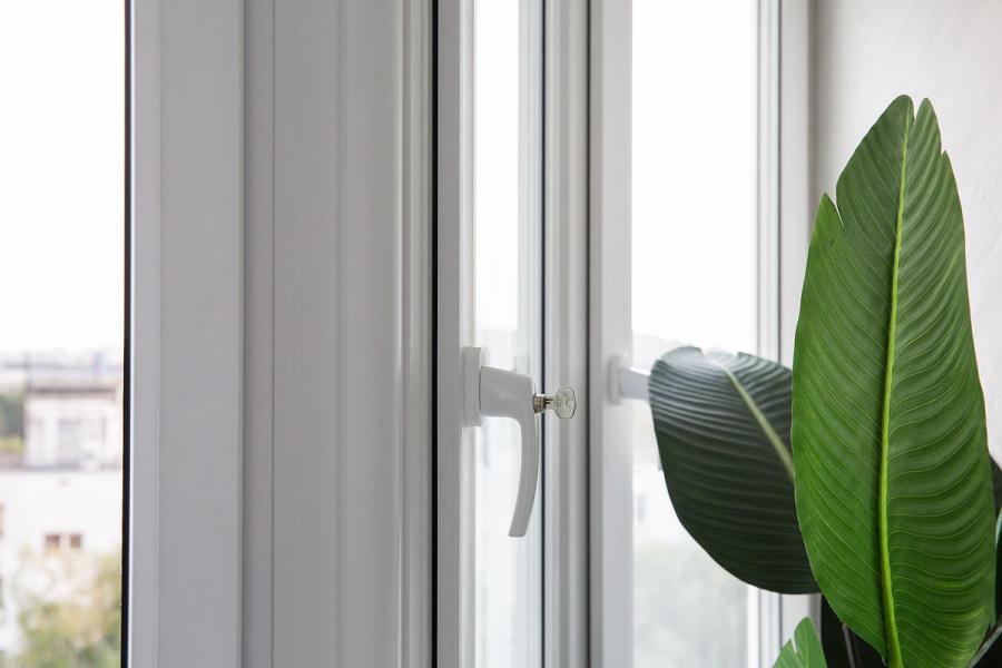 Остекление эркерного балкона  - 2044962308