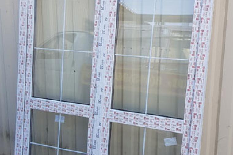 Стеклянная пластиковая дверь: плюсы и минусы - 1513693509