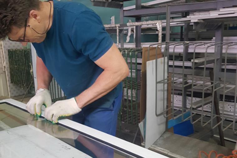 Где приобрести комплектующие для раздвижных окон из алюминия? - 2133103581