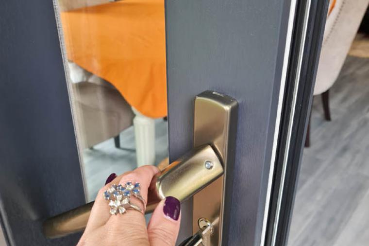 Отзывы покупателей об окнах премиум класса из профиля Gealan - 978020104