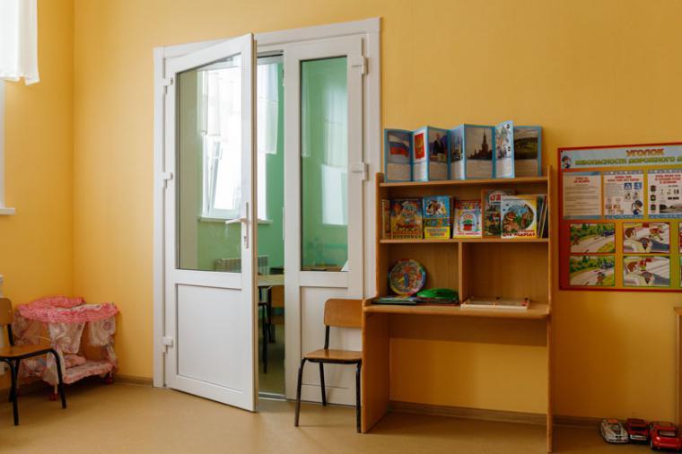 Пластиковые двери: виды, особенности - 1786756560
