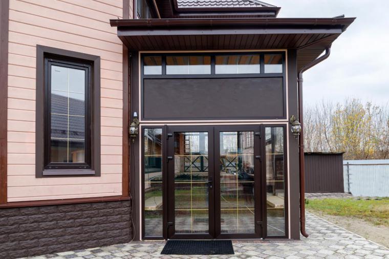 Как купить пластиковую входную дверь в дом без монтажа? - 613305973