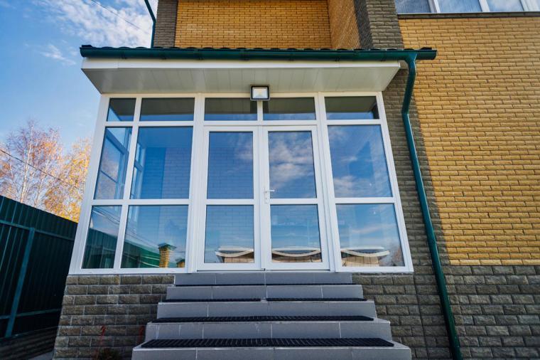Как купить пластиковую входную дверь в дом без монтажа? - 537887103