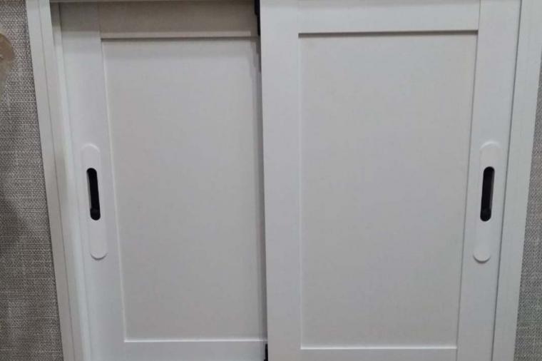 Зимний холодильник под окном - 1498457841