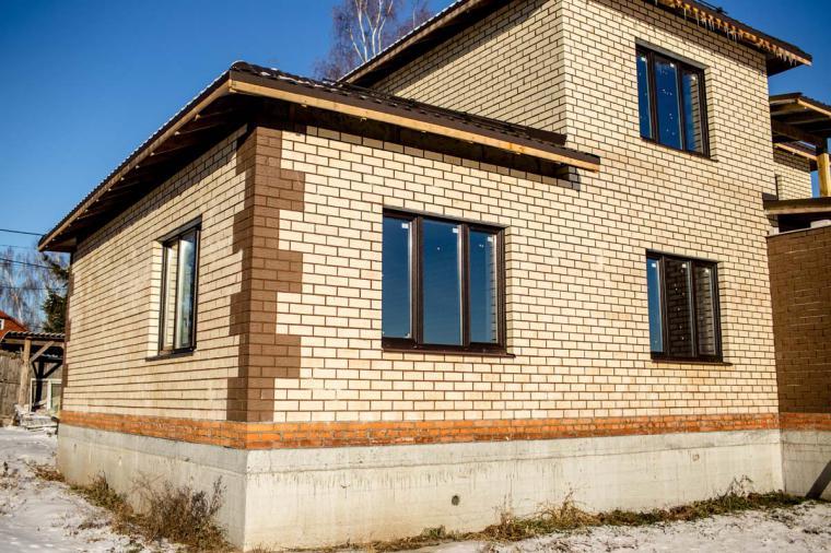 Остекление домов и коттеджей: выбираем цвет окон - 1039090979
