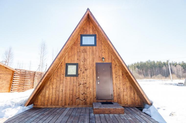 Черно-коричневые окна для дома-шалаша в Евсеево - 395417550
