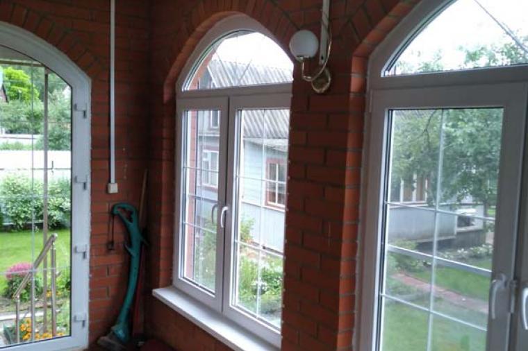Арочные окна и двери – гармония стиля и практичности - 1857755197