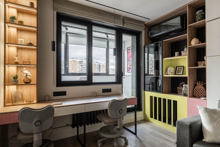 Стильный балконный блок со стеклянной дверью для юных героинь Квартирного вопроса - 1311599287