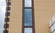 Пластиковые окна в загородном кирпичном доме - 551320277