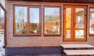 Летняя кухня с большими окнами - 1663997539