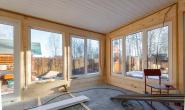 Летняя кухня с большими окнами - 560896995